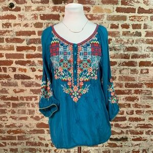 Johnny Was blue embroidered tunic blouse small